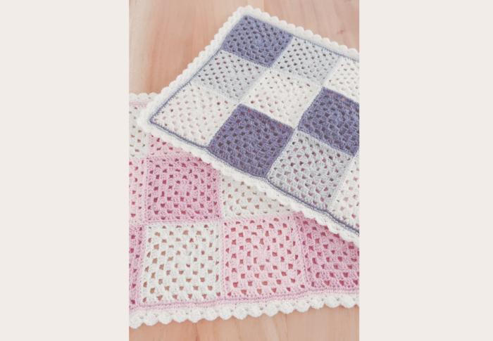かぎ針編みで作る《マルチカバー》モチーフをつなぐ時